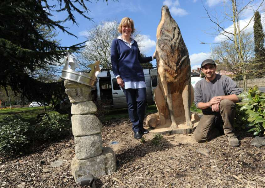 Melanie Lesser and Ben Loughrill pictured at the wolf sculpture earlier this year