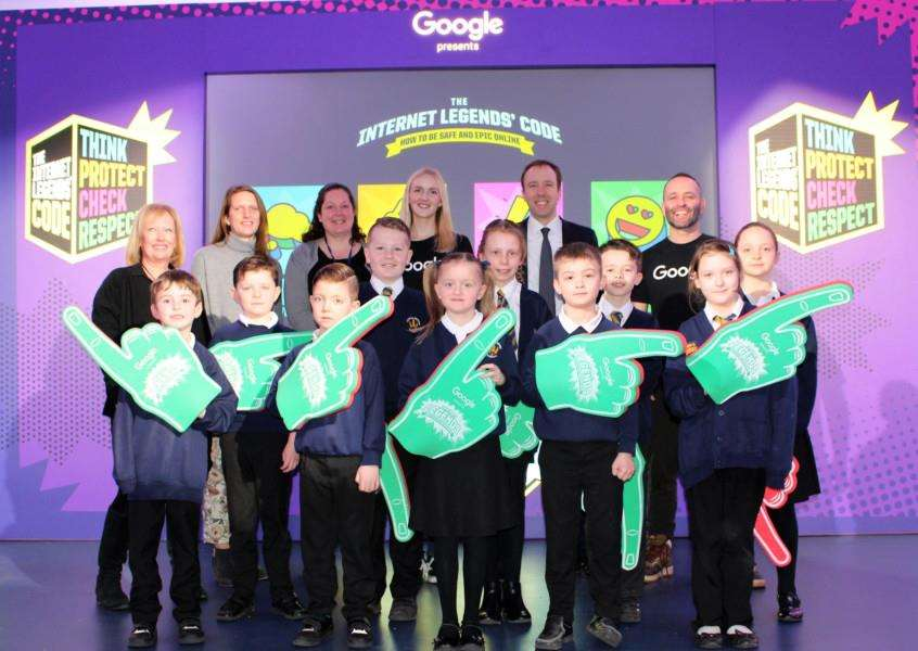 Matt Hancock MP joins the internet safety assembly at Coupals Primary Academy. Picture by Gooderham PR